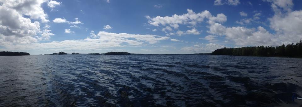 Kanu fahren nur wenige Kilometer vom Stadtzentrum der Hauptstadt entfernt: This is Helsinki!
