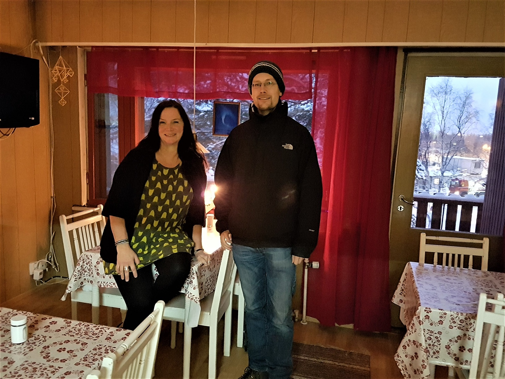 Saila Lehtomaa (Guesthouse Borealis) und René (FinnTouch)