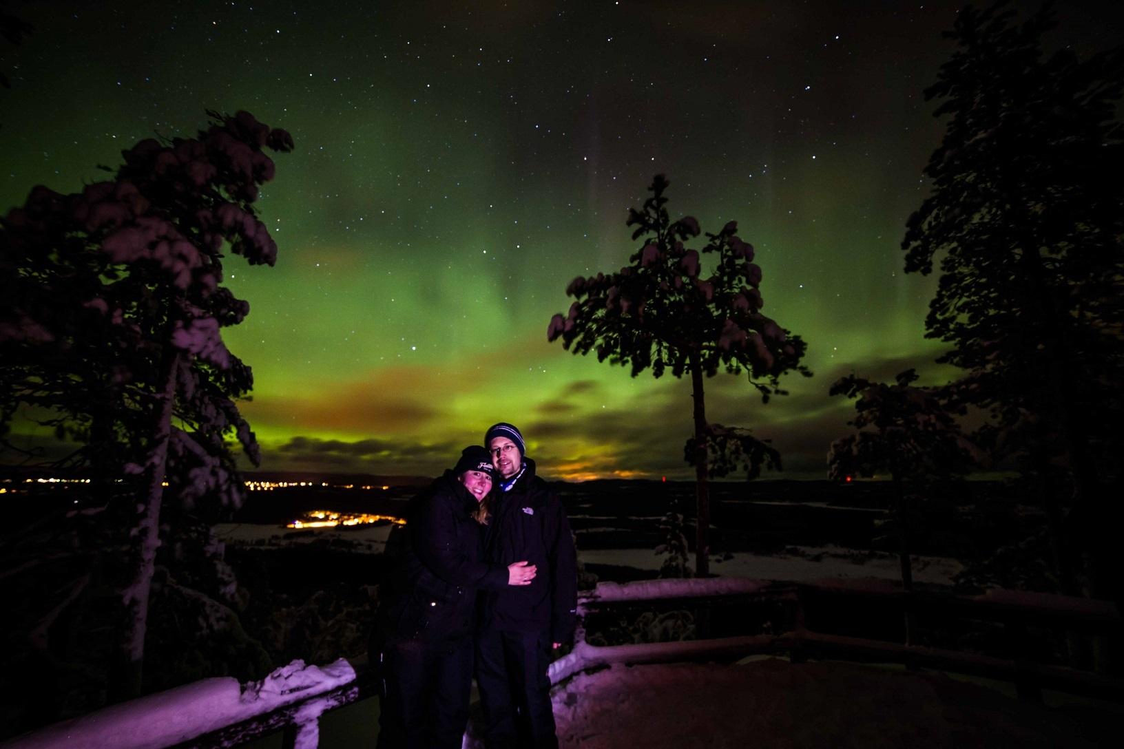 Die Nordlichter über Finnisch-Lappland