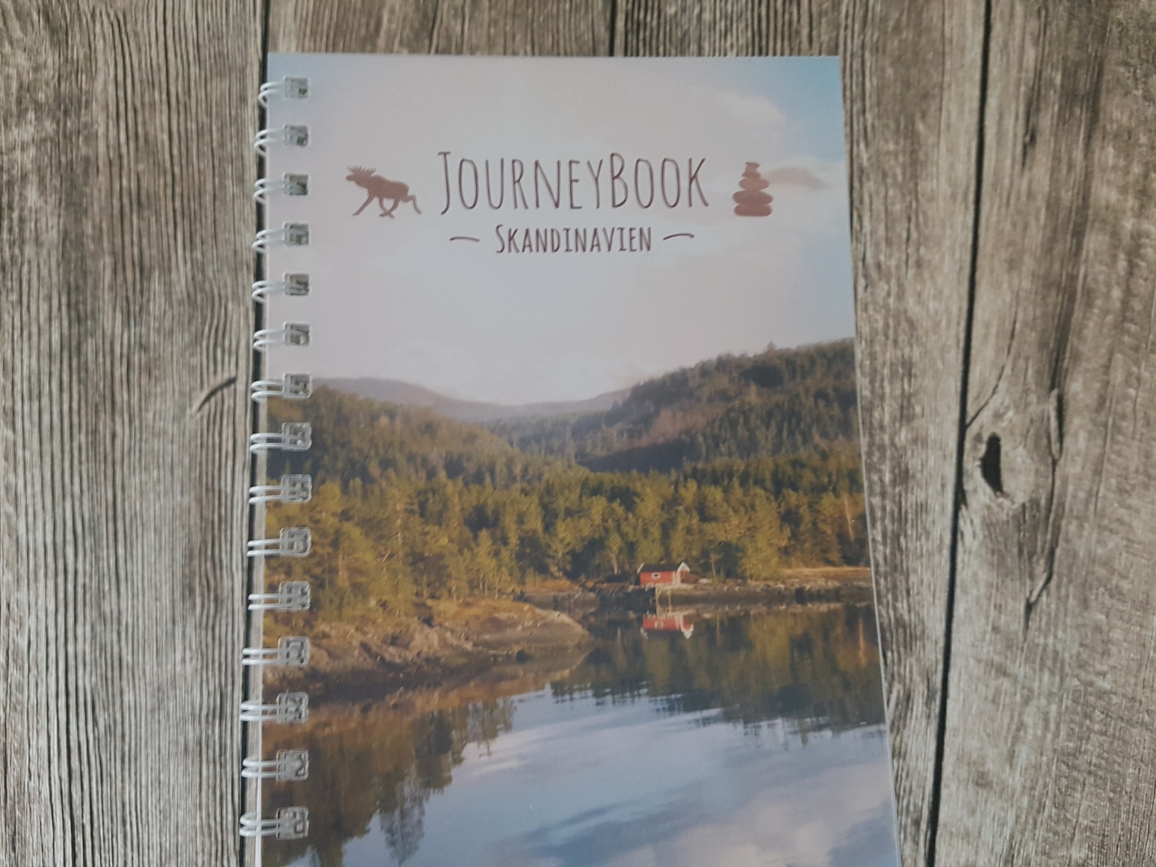 Das Cover des JourneyBook Skandinavien