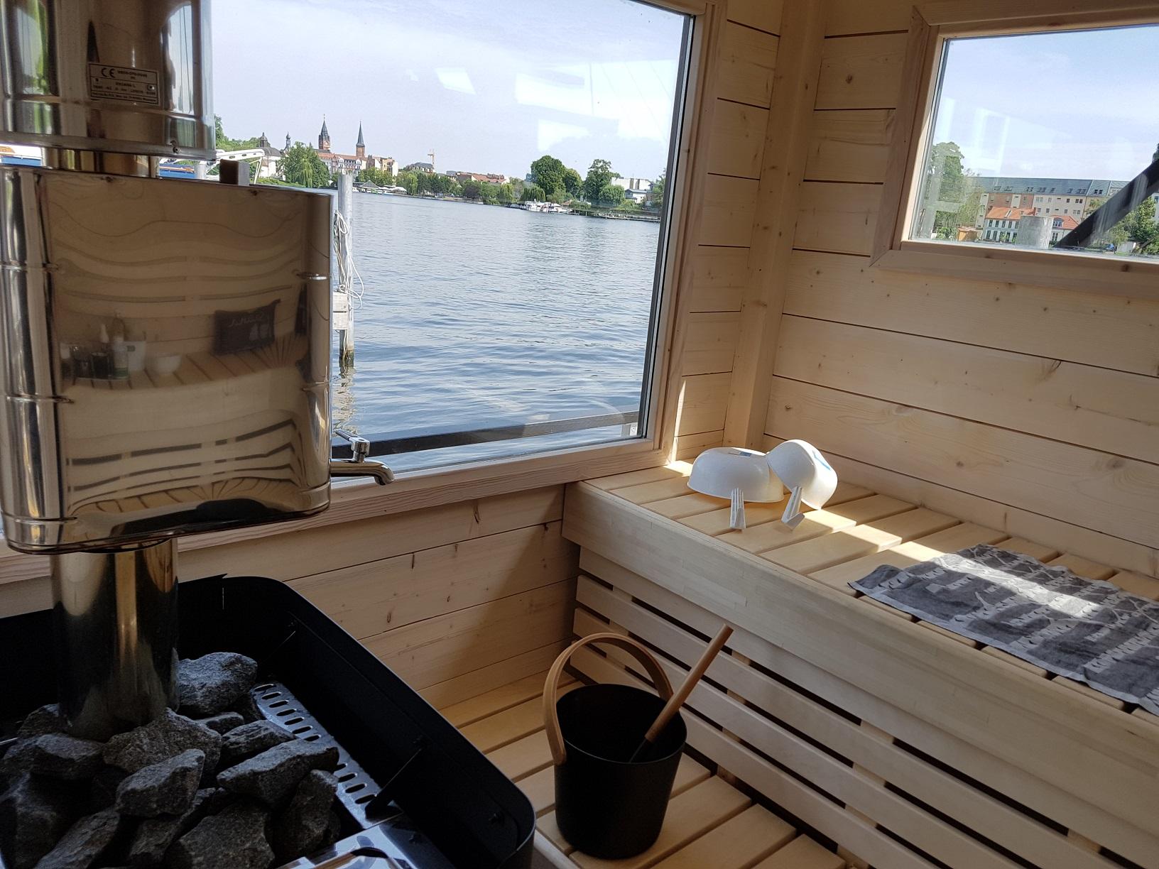 Finnfloat Sauna