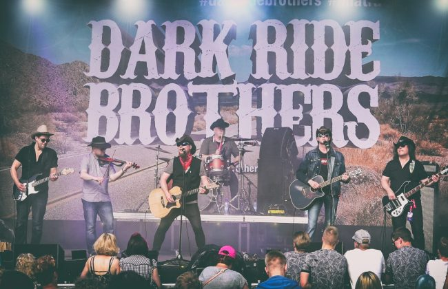 Dark Ride Brothers live