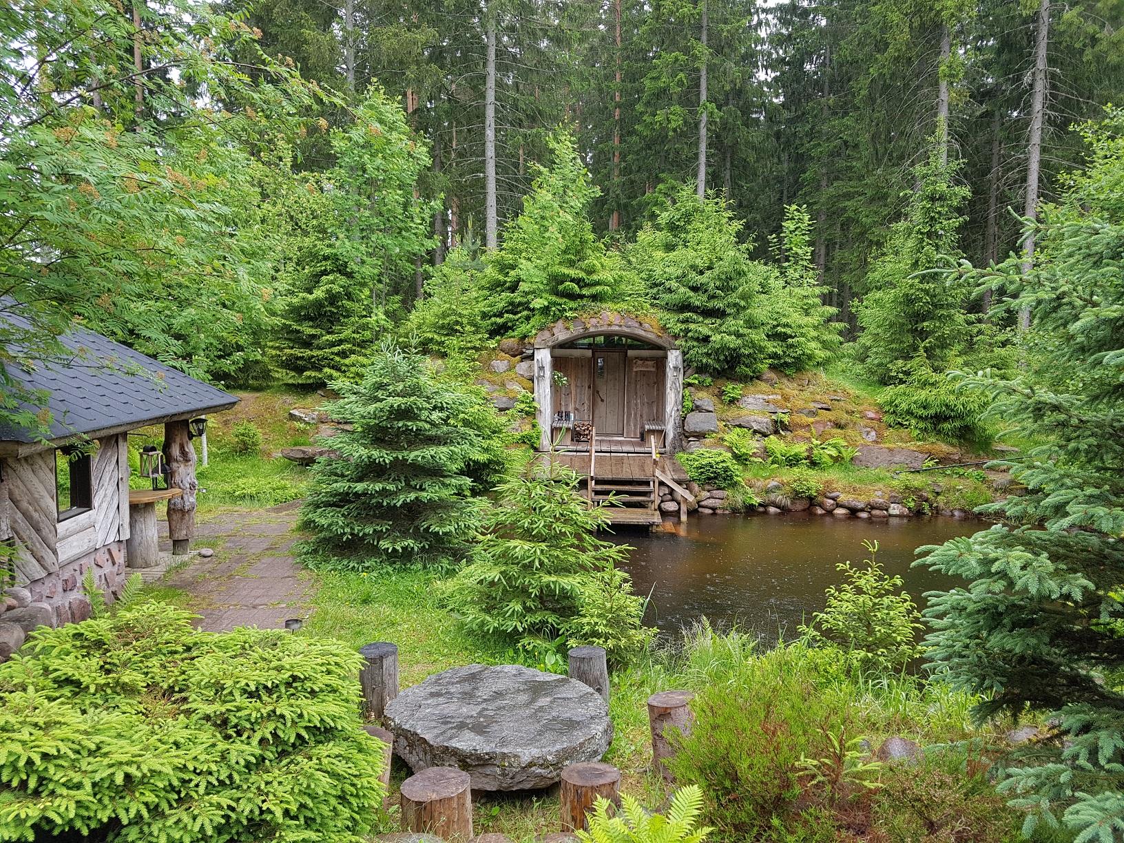 Urige Sauna im Wald von Säkylä