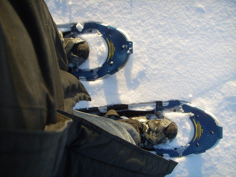 Schneeschuhwandern in Finnland