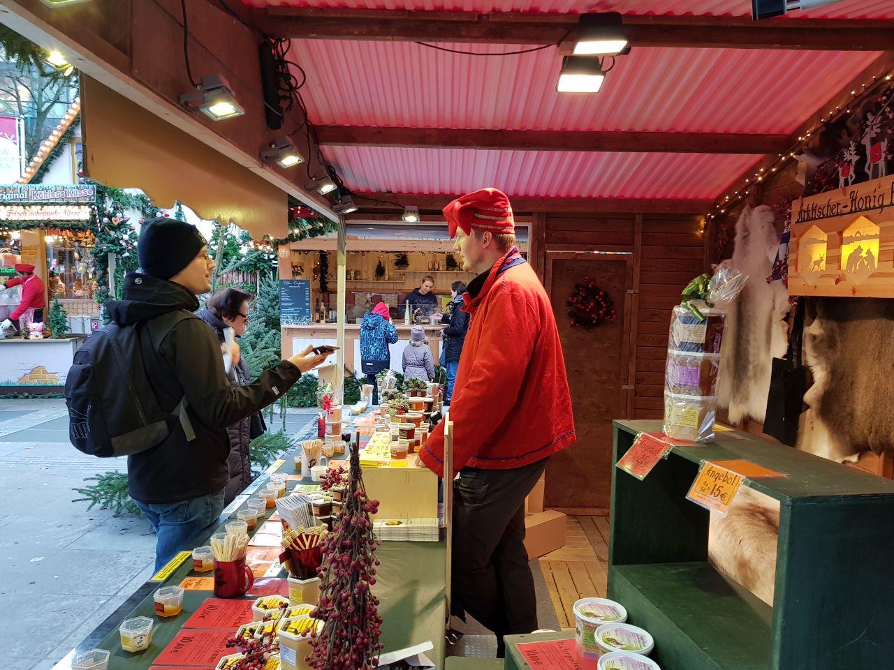 Arktischer-Honig Finnland auf dem Weihnachtsmarkt Fulda