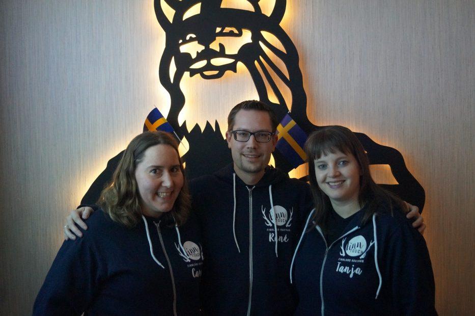 Das Das FinnTouch-Team im Smorgas: Caro, René und Tanja (von links nach rechts)