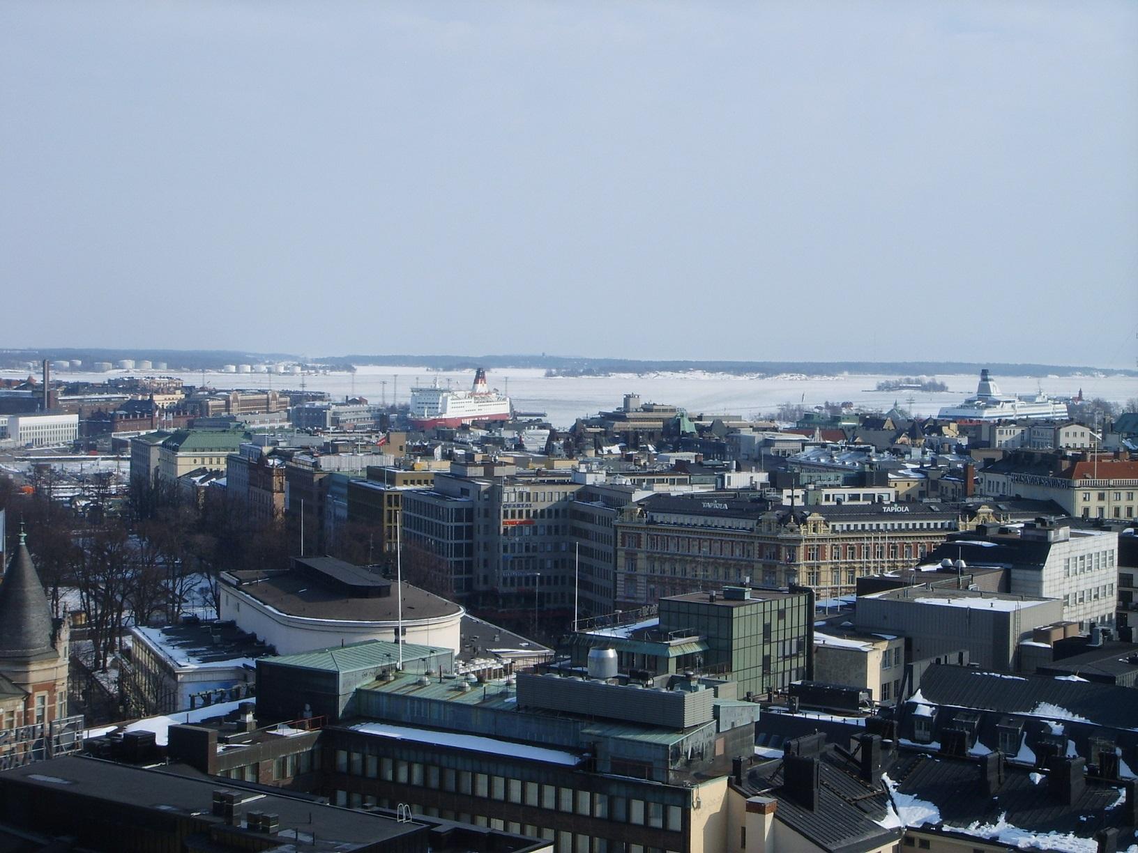 Blick von der Ateljee Bar auf Helsinki