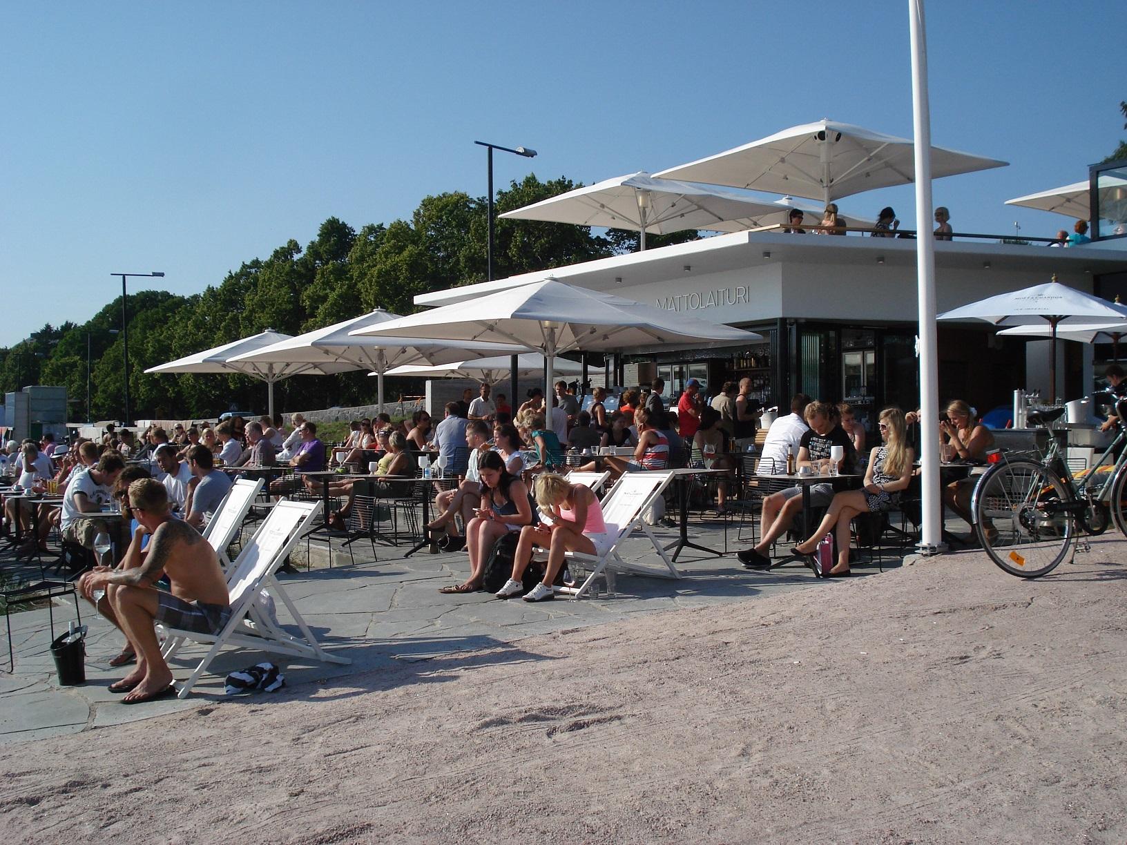 Blick vom Dach des Cafe Mattolaituri in Helsinki