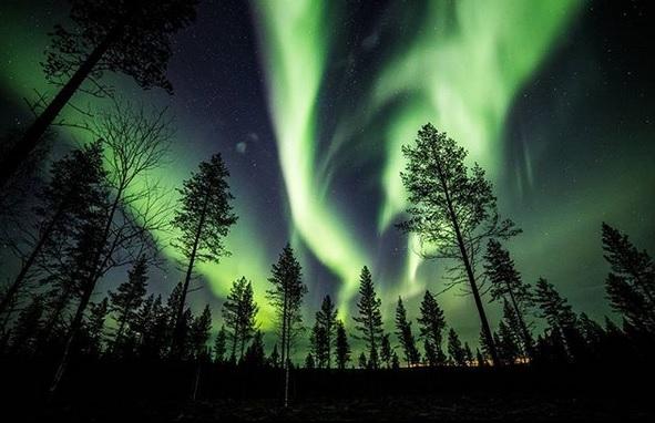 Nordlichter über dem nördlichen Finnland