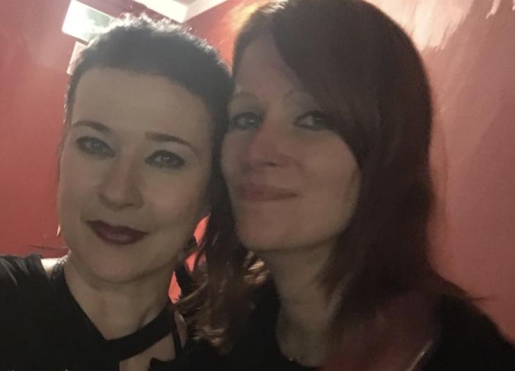 Lacrimosa-Sängerin Anne Nurmi und FinnTouch-Autorin Katharina