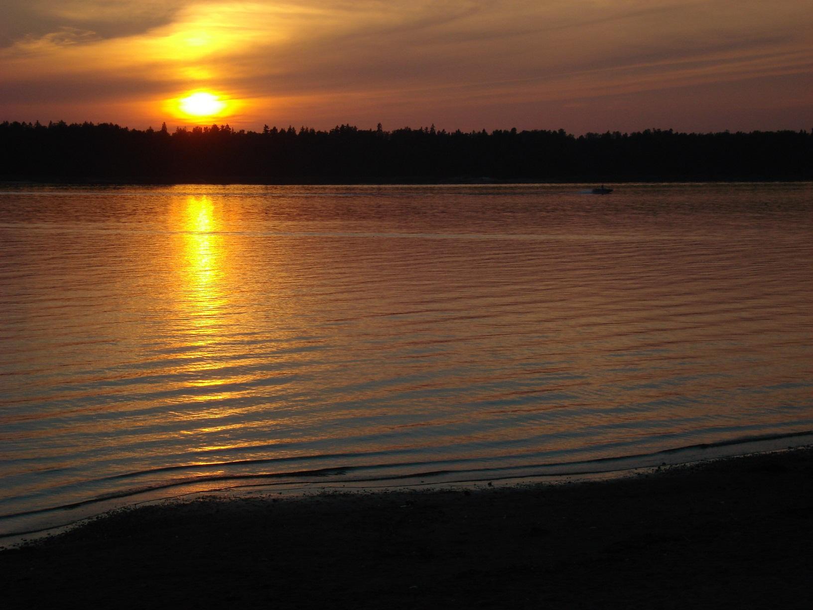 Sonnenuntergang in Helsinki mit Blick Richtung Espoo