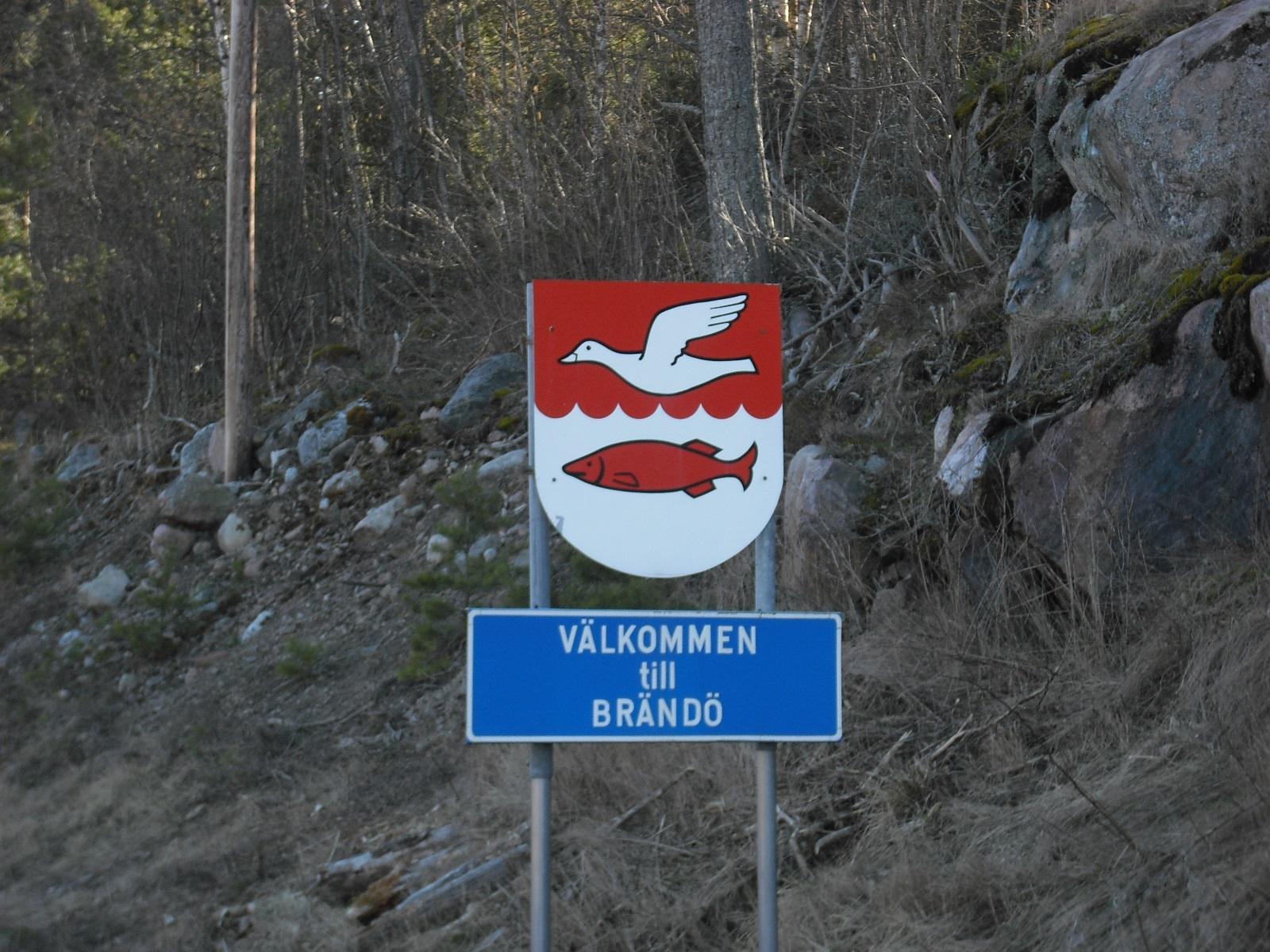 Willkommensschild der Gemeinde Brändö