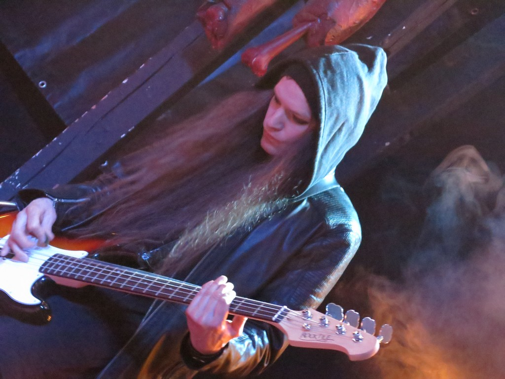 Rain Diary - Joni Bitter on stage