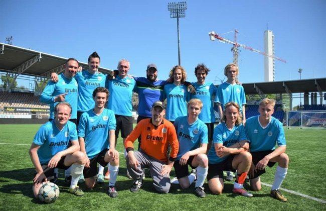 Die Mannschaft des FC Germania Helsinki