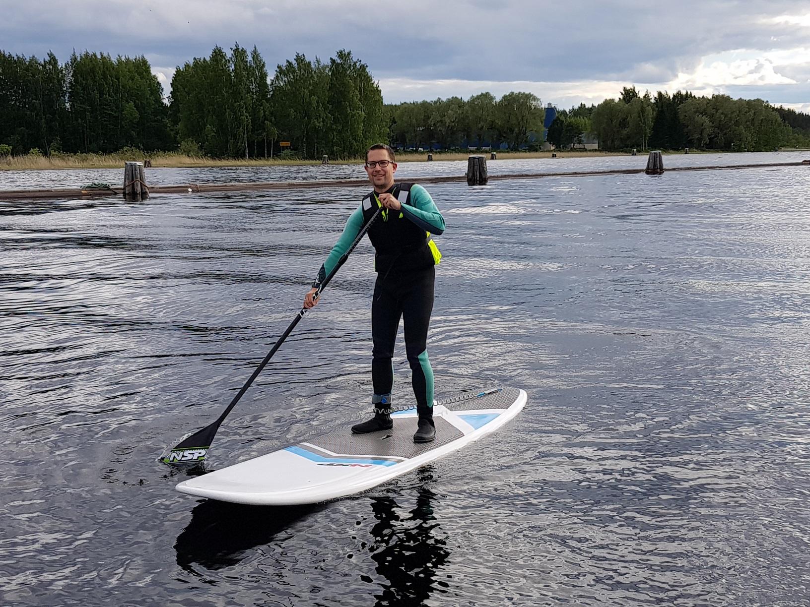 Stand Up Paddling auf dem Pielisjoki, Joensuu