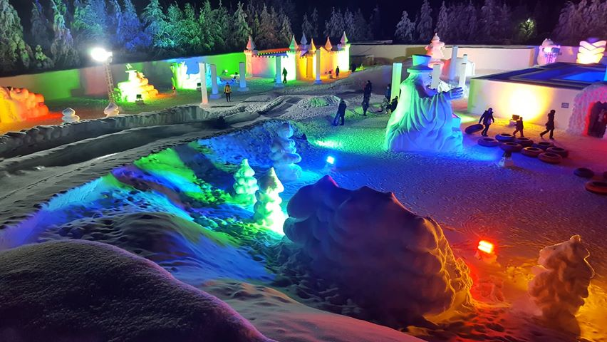 Ice-Slide im Moomin Snowcastle