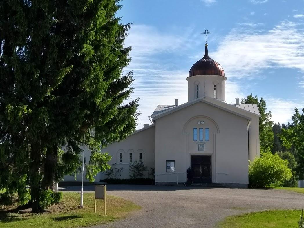 Eingang der Hauptkirche des Klosters Uusi Valamo