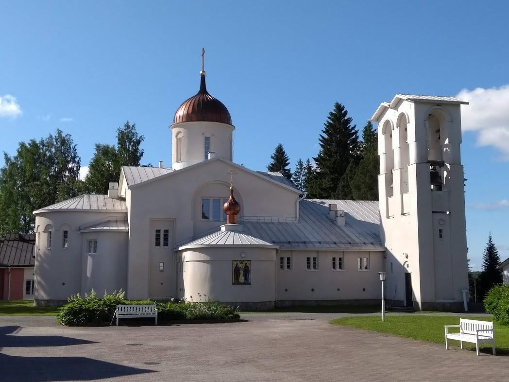 Zentraler Platz des Klosters Uusi Valamo