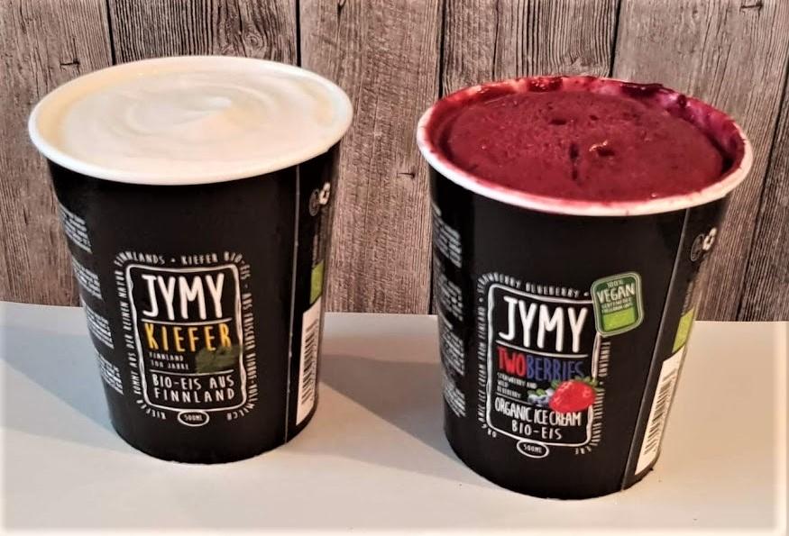 Jymy Eis Kiefer und Zwei Beeren