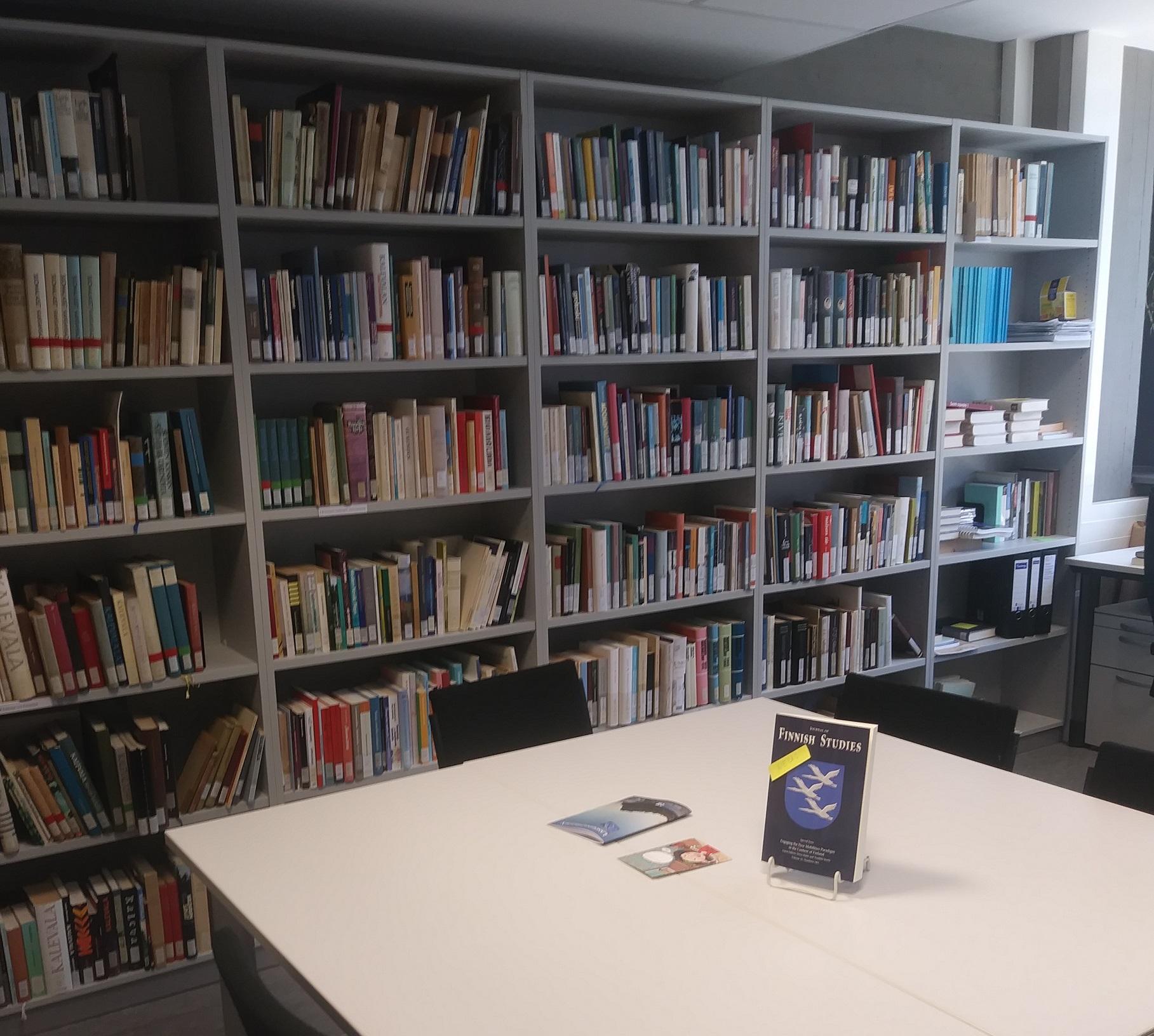 Bibliothek am Institut für Fennistik an der Uni Köln