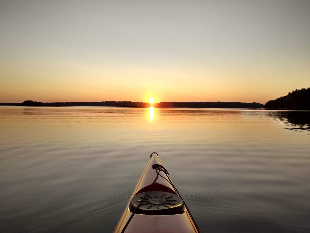 Sonnenuntergang am See Puula
