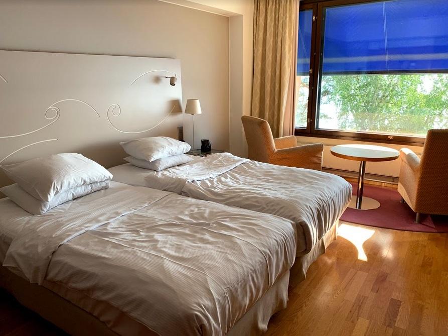 Deluxe-Zimmer im Hilton Helsinki Kalastajatorppa