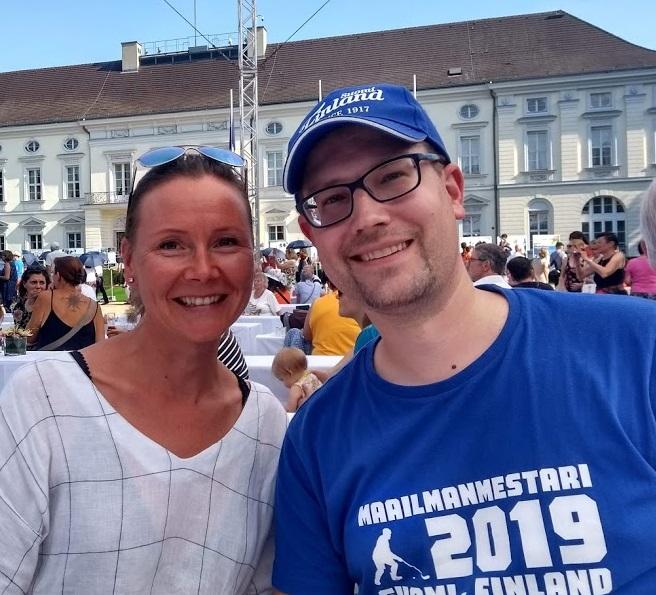 Marjut Kuhnhenn und René von FinnTouch