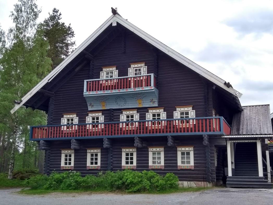 Bomba-Haus von der Seite