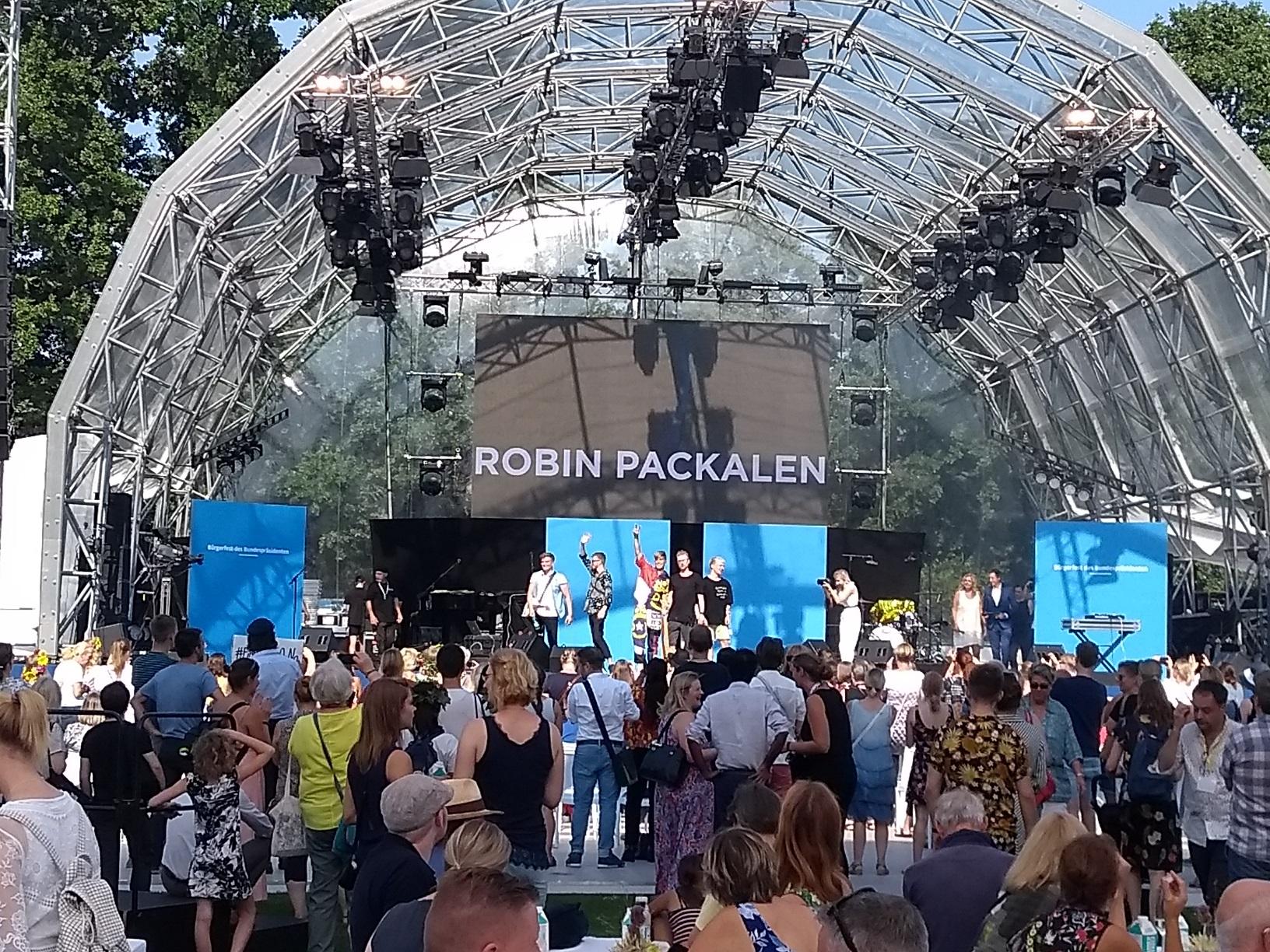 Auftritt von Robin Packalen in Berlin