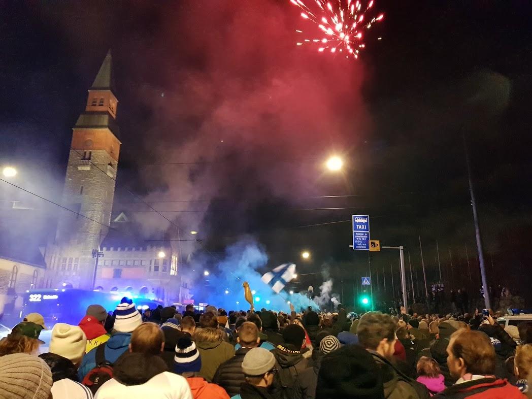Fanmarsch Finnland gegen Liechtenstein in Helsinki