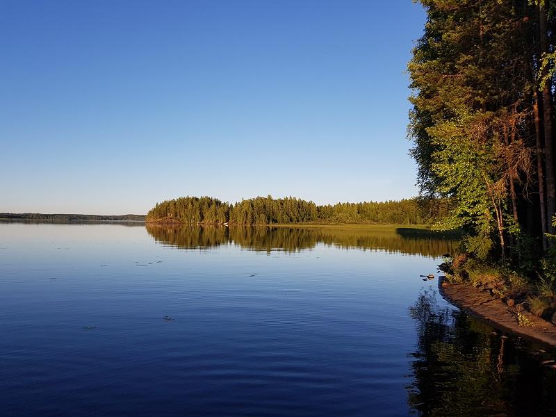 Abendstimmung am See Tohmajärvi