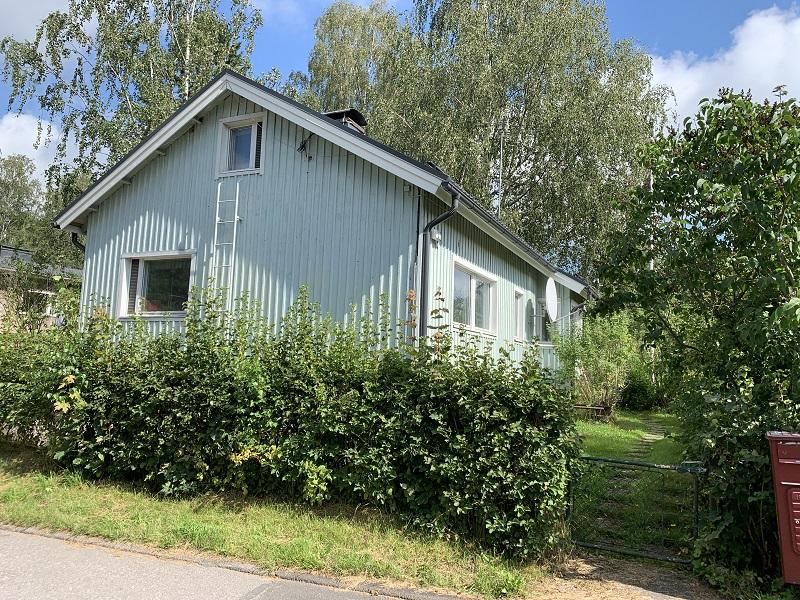 Holzhaus am Viidenrajantie Helsinki