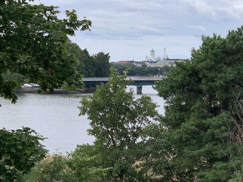 Blick auf den Dom von Helsinki