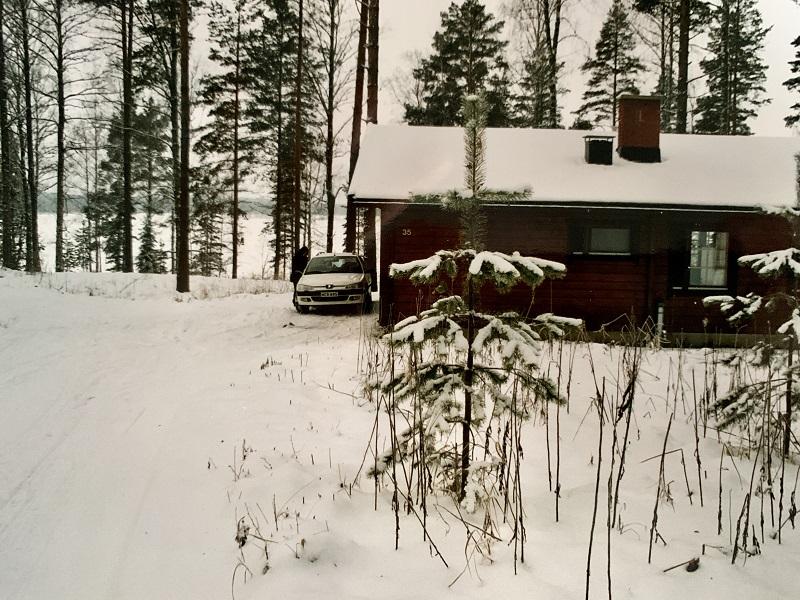 Blockhütte im winterlichen Punkaharju