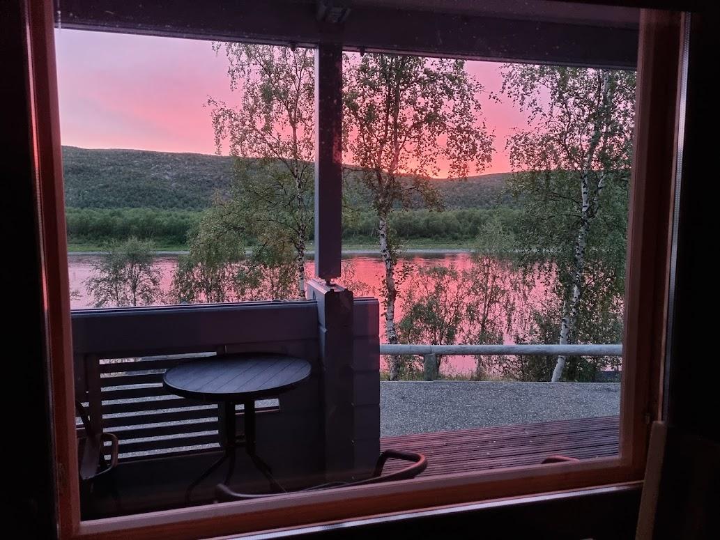 Abendrot bei Aurora Holidays in Utsjoki
